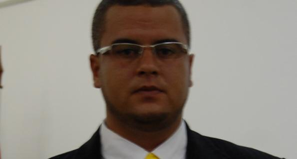 M. DEUS